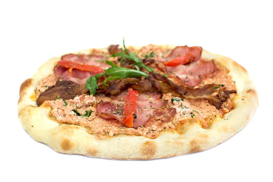 Bas naša pizza